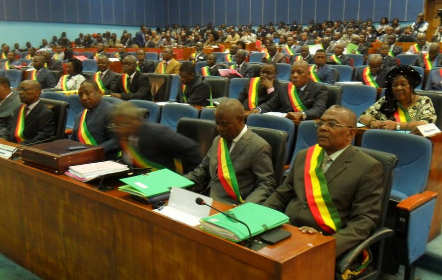 Des projets de loi qui se peaufinent dans les officines de Mpila