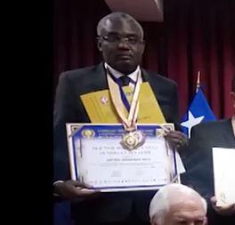 Michel Innocent PEYA fait Docteur Honoris Causa par le conseil Ibéro-Américaines