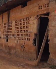 Le collège de Mouyondzi vieillissant s'effondre