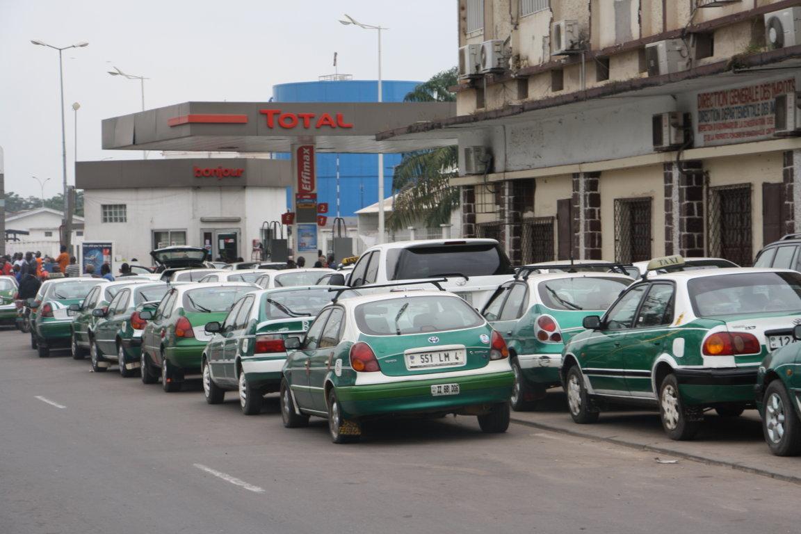 Le Congo attribue la pénurie d'essence à Brazzaville aux troubles politiques à Kinshasa