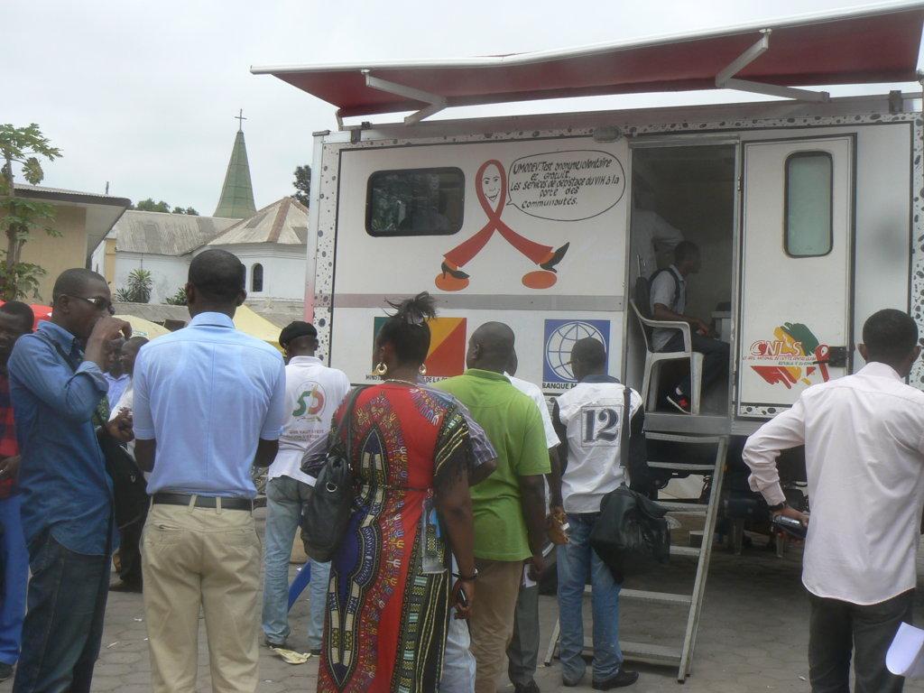 Rupture des traitements: Plus de 100.000 malades du SIDA risquent de mourir au Congo
