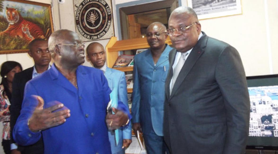 Le ministre des Fiances Calixte Ngonongo humilie le Directeur du Trésor Ngondo