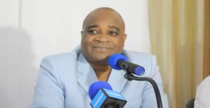 André Okombi Salissa a parlé sur RFI (Radio France Internationale)