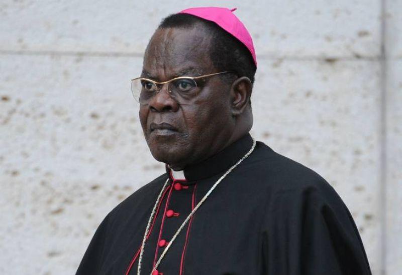 Cardinal Laurent Monsengwo : « Le fait de prendre le pouvoir par les armes ne justifie pas qu'on ne puisse le quitter que par les armes »