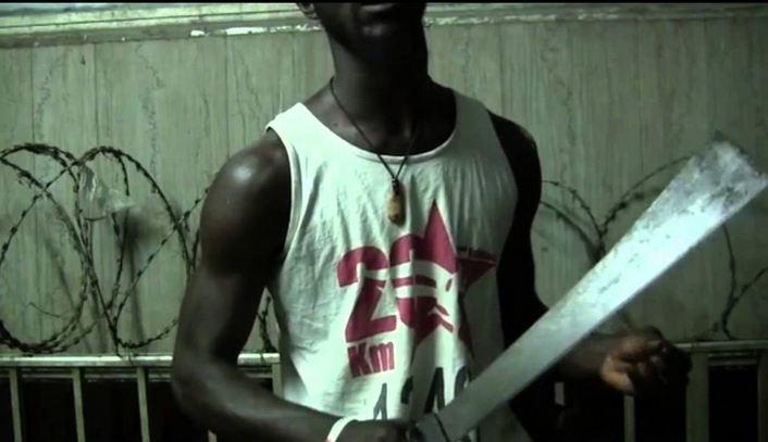 La population de Massengo au nord de Brazzaville tue un bébé noir [Vidéo]