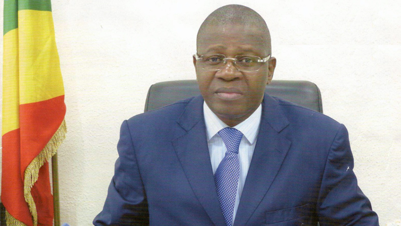 Sassou Nguesso sait-il qu'Antoine Ngakosso, le Directeur Général des impôts et des domaines rackette le bas peuple ?