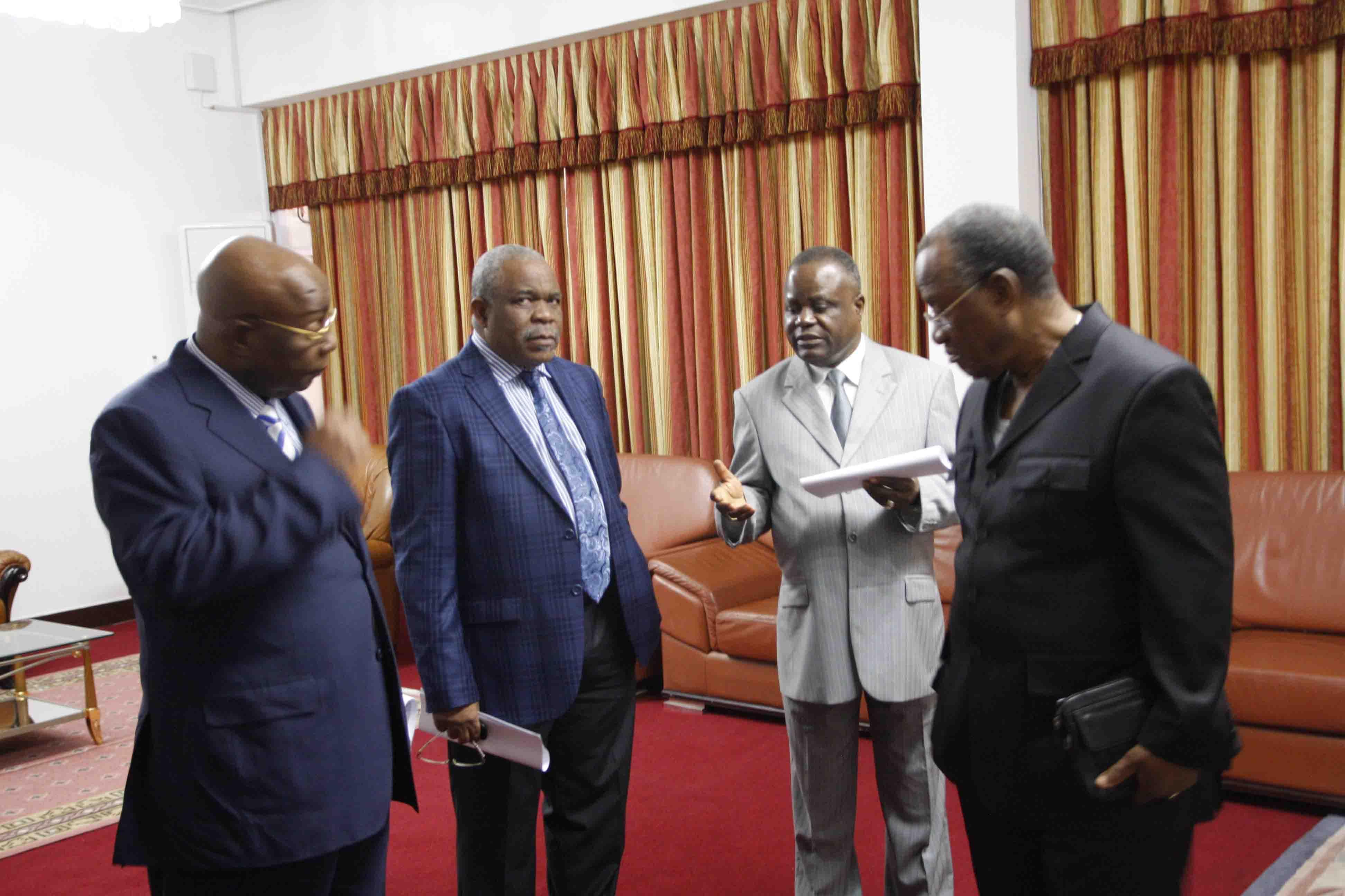 Déclaration : Mathias DZON et le Collectif des partis de l'opposition interpellent le pouvoir de Brazzaville sur la crise qui bloque le pays
