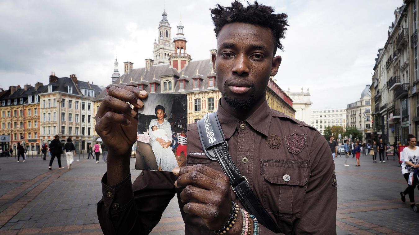 Il arpente les rues de Lille pour trouver cette sœur congolaise qu'il n'a jamais vue