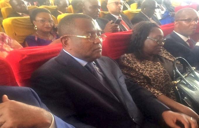 Le nouveau maire de Brazzaville nomme sa femme aux finances : Qui dit mieux !