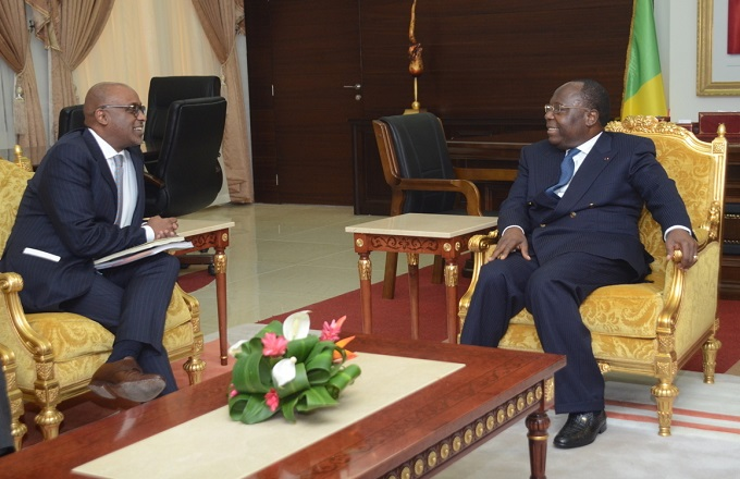 Retoqué par le FMI, Sassou cherche à contenir l'explosion sociale