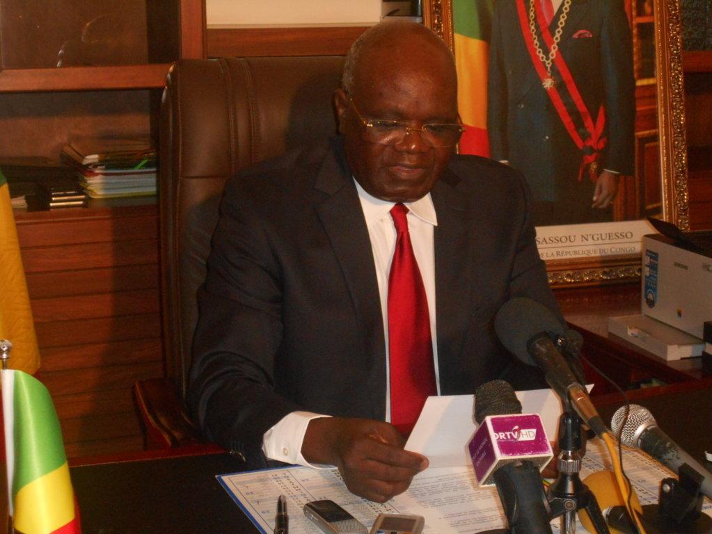 Attaqué par la presse, le Ministre Emile Ouosso porte plainte