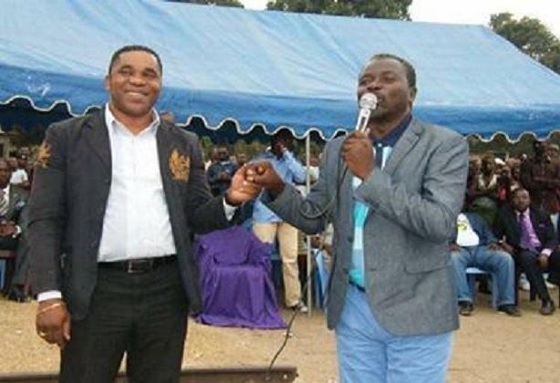 Démenti de Jean Paul OUNABAKIDI, chargé de mission de Ntumi sur les véhicules de transport appartenant au Révérend