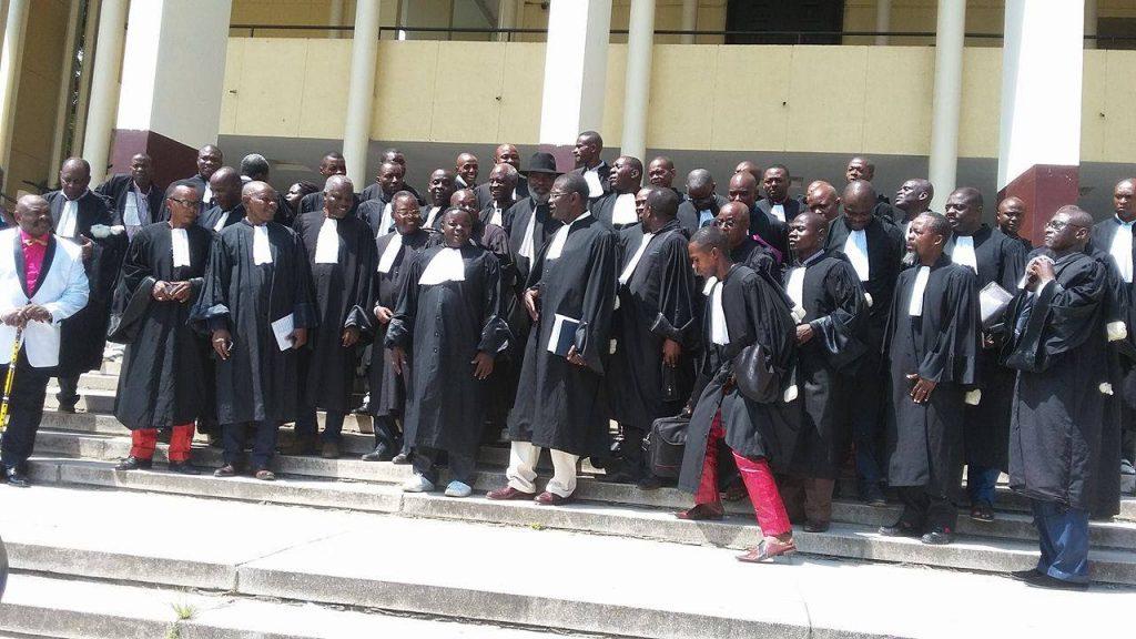 Session Criminelle : L'avocate Sylvie NGANA-MOUYECKET, sous la pression, renonce à défendre le journaliste Ghys Fortuné DOMBE-BEMBA