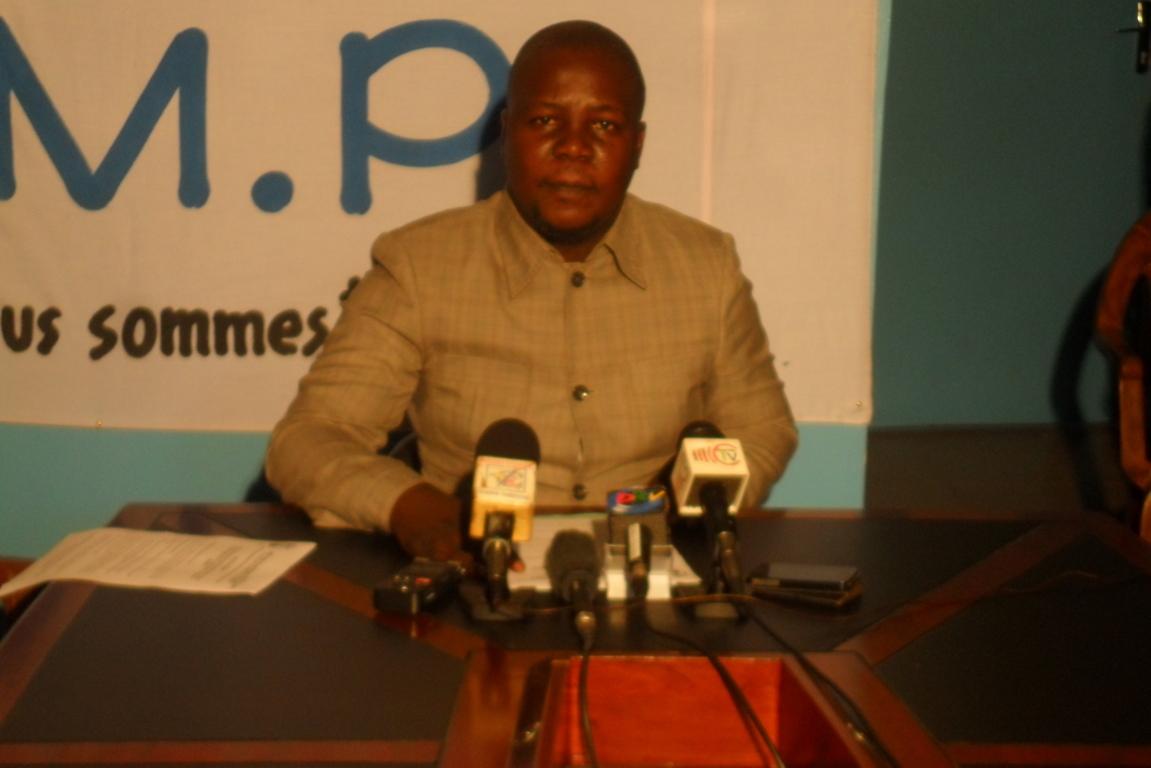 L'ancien ministre du chemin d'avenir Digne Elvis Tsalissan Okombi dénonce les injustices
