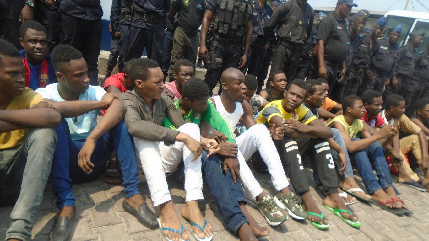 Le flou après des décès imputés à des violences entre bandes à Brazzaville
