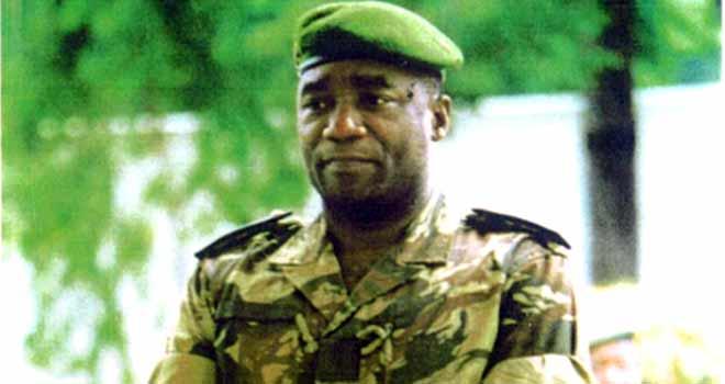Deux Français inculpés pour un projet d'assassinat du Général Ferdinand Mbaou