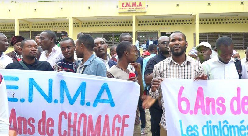 Les anciens étudiants de l'ENMA réclament leur intégration