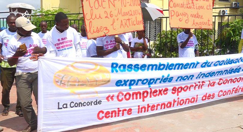 Les expropriés de Kintélé manifestent pour le paiement de leurs indemnités