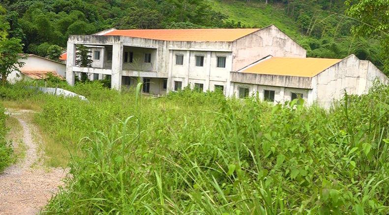 La construction de l'hôpital de base de Mvouti est stoppée
