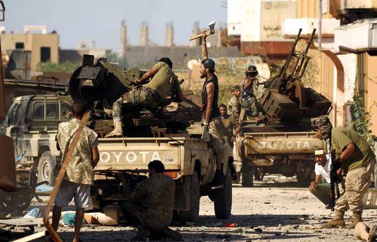 Violents combats en Libye, le médiateur « matalana » Sassou Nguesso est porté disparu !