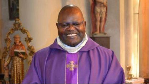 Le père Raymond Mbélé, prêtre du diocèse d'Owando, poursuivi en France pour agression sexuelle