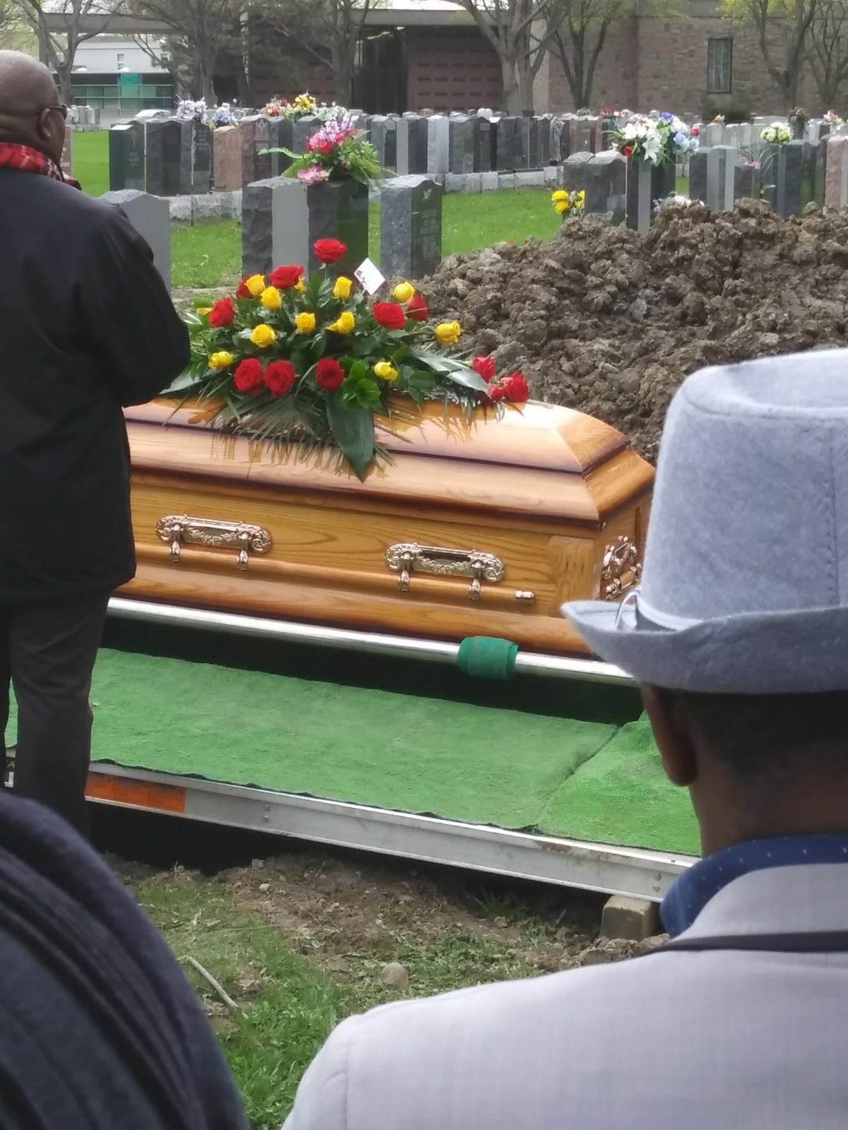 Images des obsèques de Mbiki De Nanitelamio