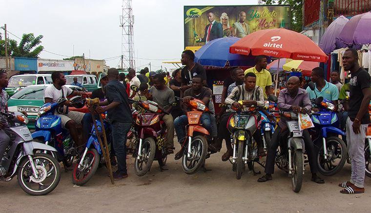 Les taxis motos commencent à envahir Brazzaville