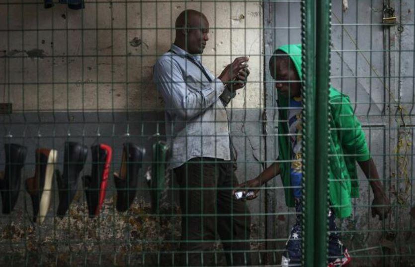 Congo-Brazzaville: les commerçants refusent les billets de banque déchirés