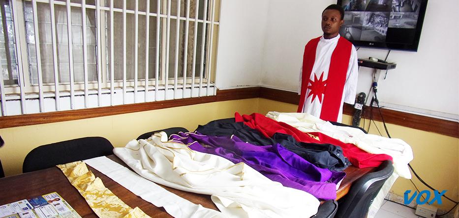 Un faux prêtre arrêté par la police à Brazzaville