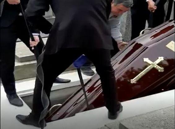 Obsèques de M. Marc Mapingou Mitoumbi : Toutes les images