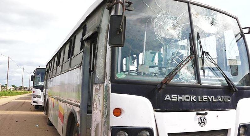 Huit bus de la STPU vandalisés à Pointe-Noire