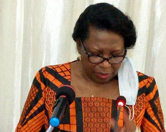 Présentation des vœux : Mme Claudine Munari échange avec la presse