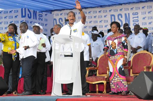 PCT : On danse sur quoi, dites-le aux Congolais