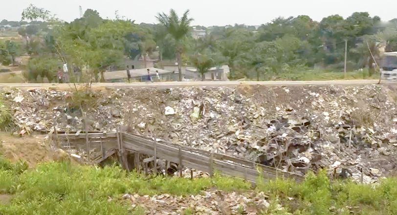 Une érosion continue d'inquiéter la population à Mayanga